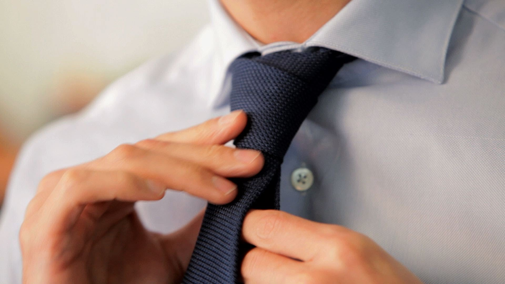 How to dress yourself at job interview for men